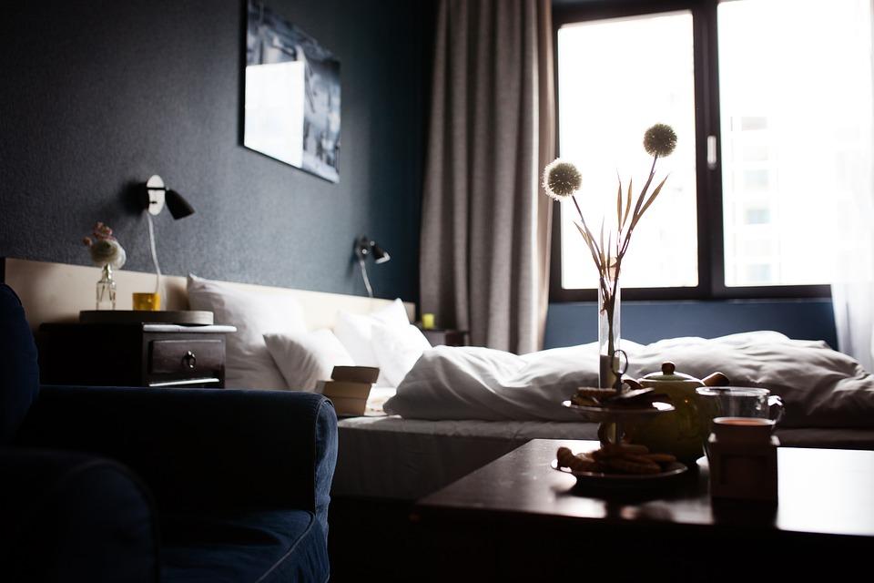 Come dormire bene lontano da casa